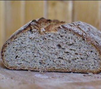 czerstwy chleb